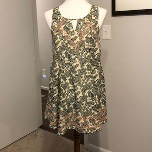 XS Black/Cream paisley sleeveless tunic